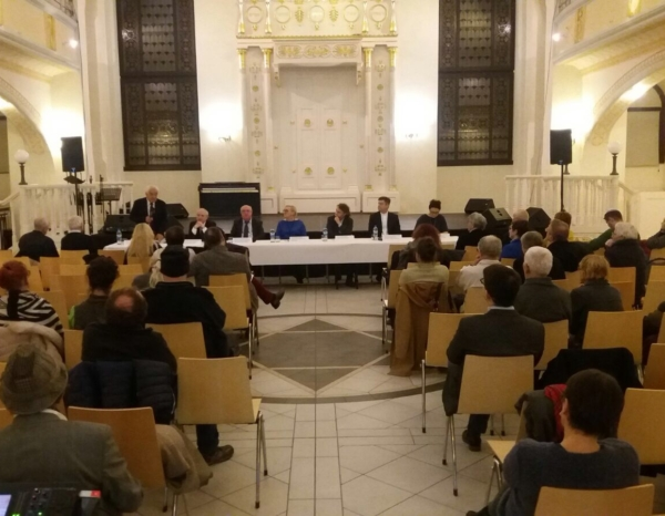 "Panel Dyskusyjny ""Droga ku tolerancji"" (fotorelacja)"